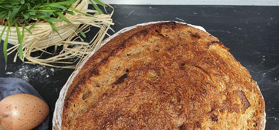 Špaldovo pšeničný chlieb
