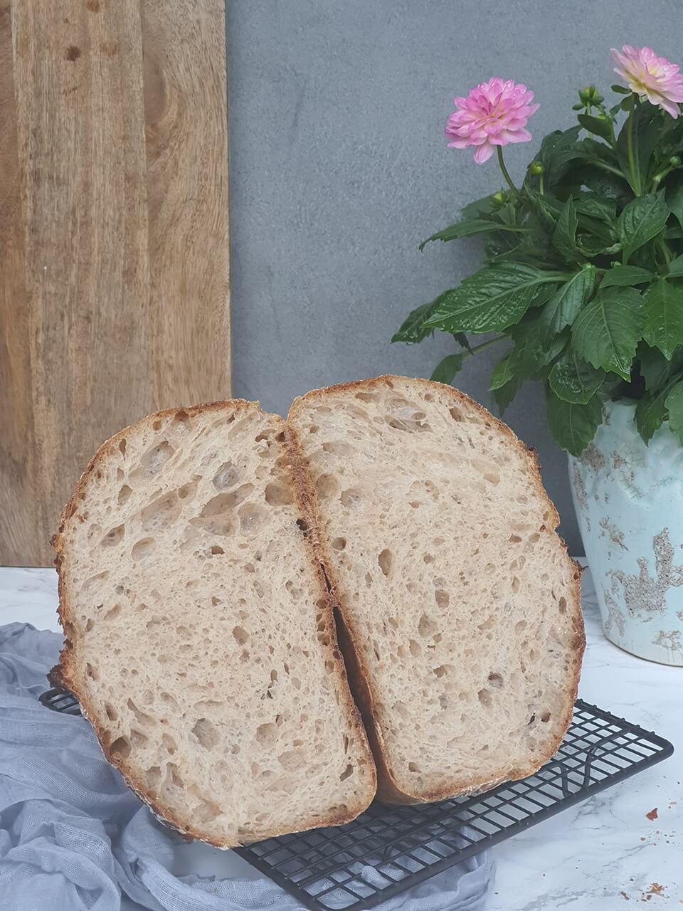 Zemiakový špaldový chlieb