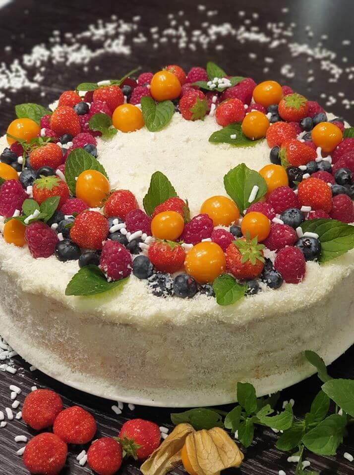 Slávnostná palacinková torta