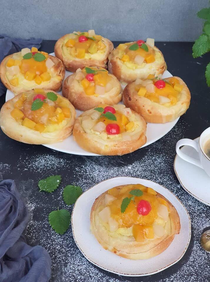 Pudingové točené koláče s ovocím