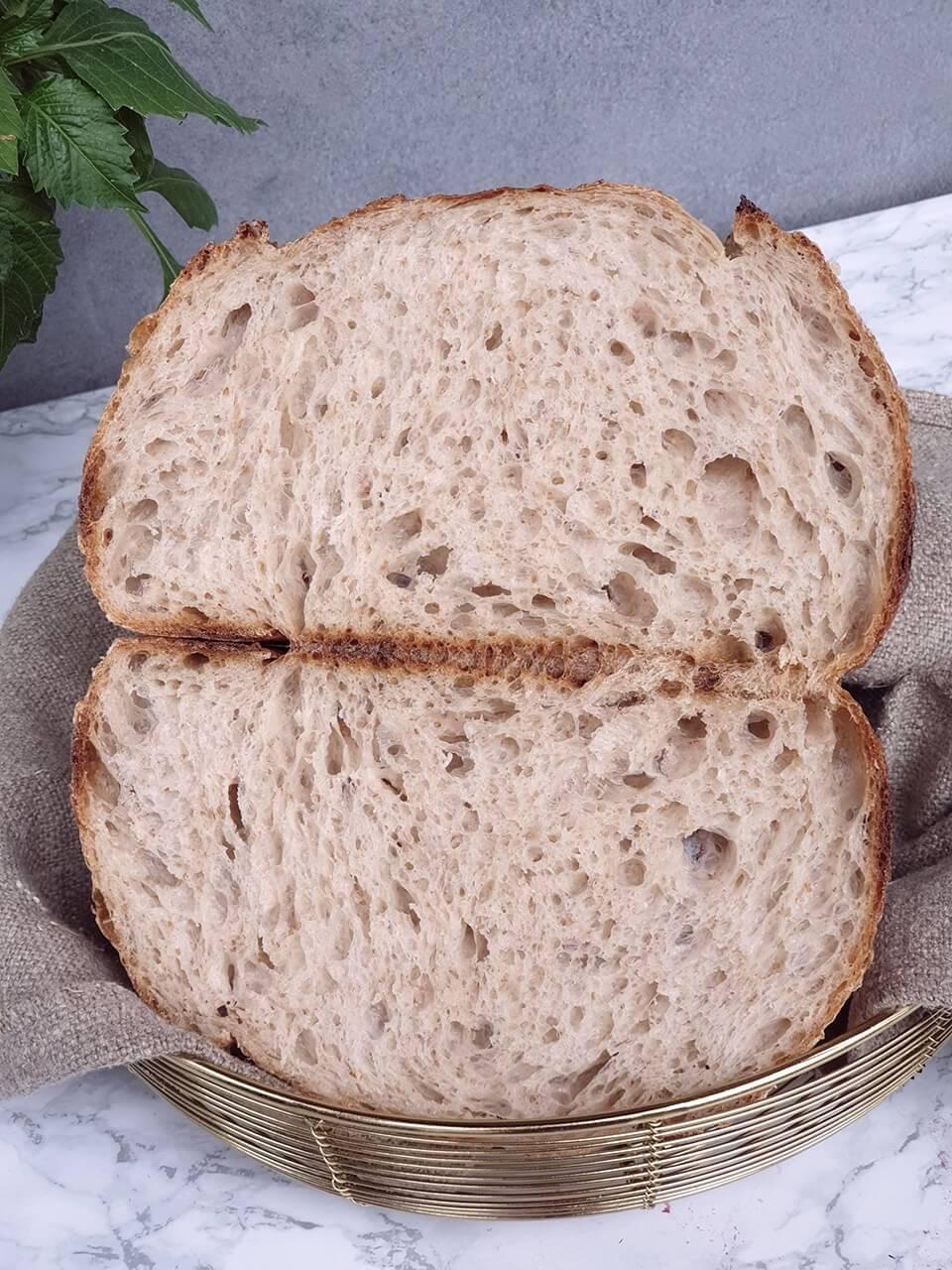 Chlieb z mix múk v kamennom mlyne mletých Antico Molino Rosso