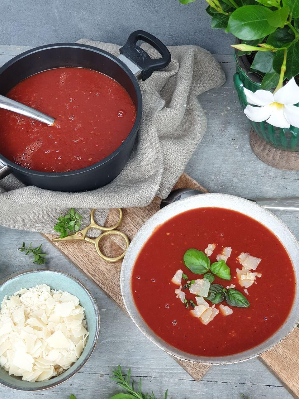 paradajková polievka