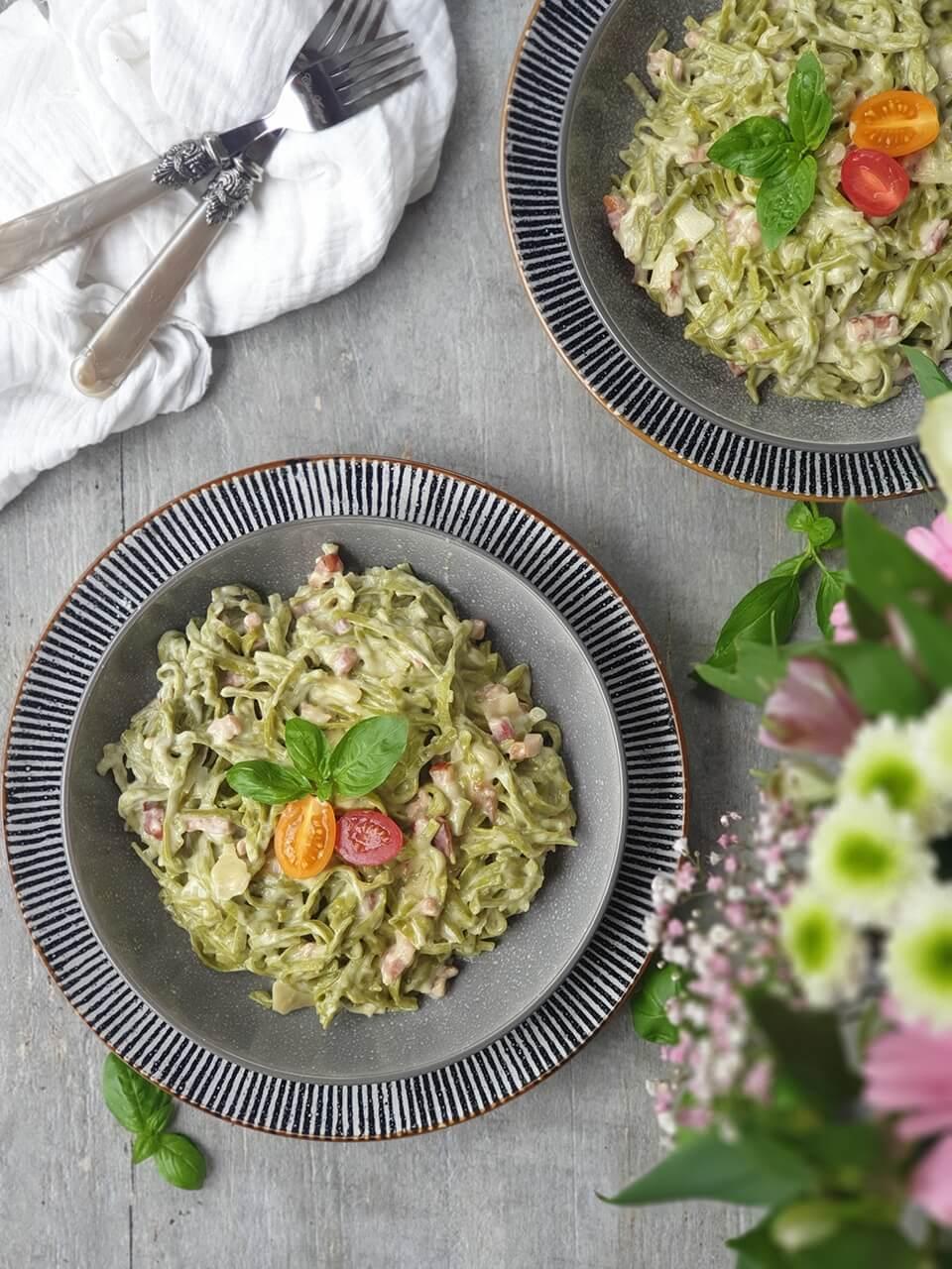 Špenátové špagety carbonara