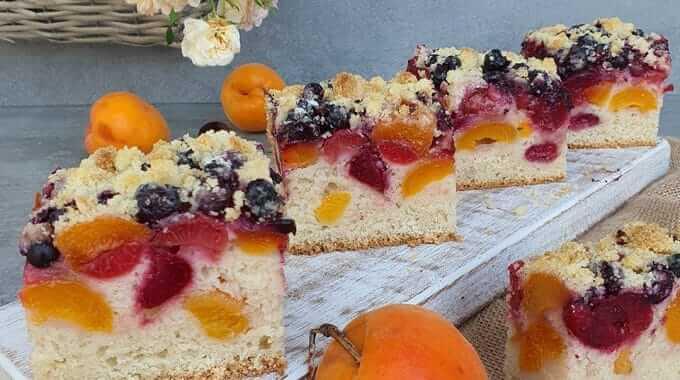 Jemný ovocný koláč